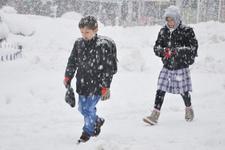 İstanbul'da pazartesi okullar tatil mi valiliğin 15 Ocak kararı