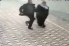 Balona Röveşata atan adama rakip çıktı