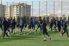 Arda Turan Başakşehir'de ilk antrenmanına çıktı