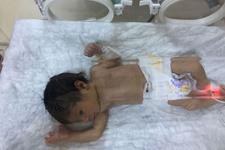 Mersin'de belediye otoparkında yeni doğmuş bebek bulundu