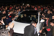 Ertuğrul Sağlam'a İran'da coşkulu karşılama