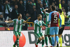 Konyaspor Trabzonspor maçı fotoğrafları