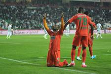 Vagner Love Beşiktaş'a gelmek için can atıyor