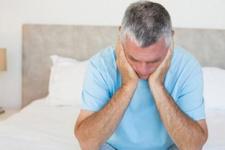 Aman dikkat! İdrardaki yanma prostat kanseri belirtisi olabilir