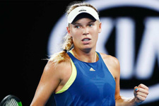 Wozniacki Avustralya Açık'ta ilk finalist