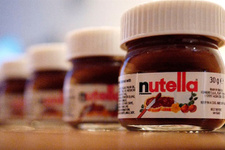 Nutella için birbirlerini ezdiler