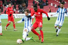 Balıkesirspor Erzurumspor'u devirdi