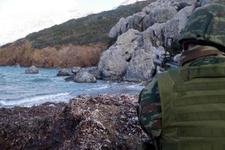 Kardak'ta gerginlik; Türk sularına girmeye çalıştılar