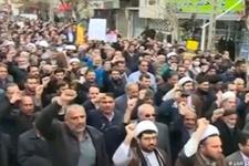 İran'da on binler sokağa indi! Gerginlikte son durum
