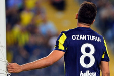 Fenerbahçe'de Ozan Tufan ve Van Persie kadro dışı