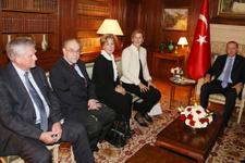 Erdoğan'dan sürpriz davet Osmanlı hanedanı üyelerini ağırladı