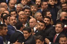CHP İzmir İl Kongresi'nde yumruklar konuştu
