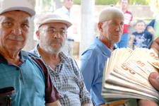 Emeklilikte yaşa takılanları erken emekli edecek önemli gelişme