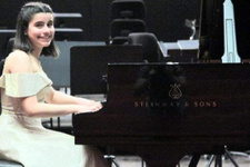Dahi piyanist Elif Işıl ABD'de finale kaldı!