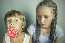 Kardeşler arası paylaşmayı öğretmenin yolları nelerdir?
