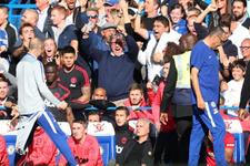 Son dakika golü sonrası sevincini abarttı Mourinho çıldırdı