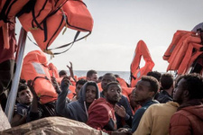Afrikalı düzensiz göçmenler İzmir'de yakalandı!