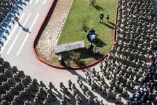 Bedelli askerlerin yemin töreninde tüyleri diken diken eden görüntüler