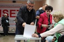 Gürcistan'da oy verme işlemi sona erdi