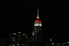New York'ta Cumhuriyet coşkusu Empire State kırmızı-beyaz