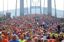 Gençlik ve Spor Bakanı Mehmet Muharrem Kasapoğlu startı verdi İstanbul Maratonu başladı