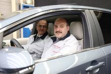 Mustafa Varank yeni Toyota Corolla Hibrit modelini test etti