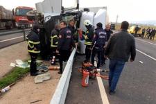 Mandalina yüklü TIR devrildi, şoförü öldü