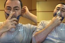 Serdar Ortaç oksijen makinesi kullanarak şarkı söyledi!