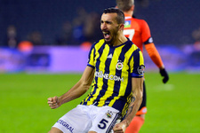 Fenerbahçe'ye Mehmet Topal'dan sevindirici haber