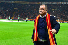 Galatasaray taraftarından Türk Telekom Stadı'ndaki antrenmanda dünya rekoru