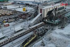 Ankara'da hızlı tren üst geçide çarptı 2 vagon devrildi! Havadan böyle görüntülendi