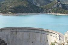 Dicle Barajı'nın kapaklarından biri koptu
