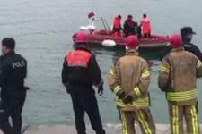 Kanlıca'da otomobil denize düştü