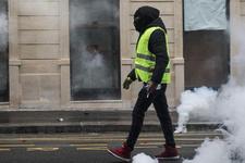 Fransa yarına kilitlendi 8 bin polisi Paris'e yığdı