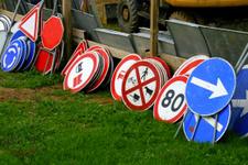 Trafik işaretlerine zarar verenler ne kadar ceza ödeyecek-2019