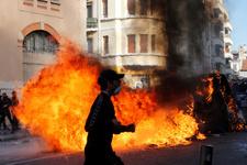 Fransa'daki gösteriler yüzünden AVM'ler 2 milyar avro zararda