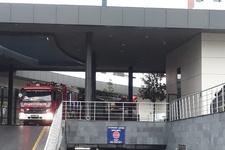 Hastaneyi su bastı hastalar tahliye edildi