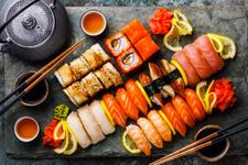 Evde sushi nasıl yapılır işte malzemeler listesi