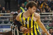 Fenerbahçe, Yunanistan'da destan yazdı