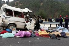 Kahramanmaraş'tan acı haber! Minibüs dehşeti 8 ölü var