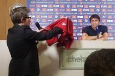 Antonio Conte'ye basın toplantısında Jose Mourinho sürprizi
