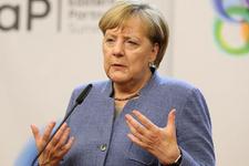 Merkel'den Deniz Yücel açıklaması