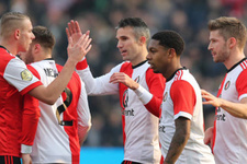 Van Persie yine attı Feyenoord kazandı!