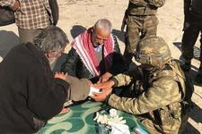 TSK, Afrin'de sivillere yardım ve şifa dağıttı!