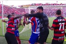 Vitoria-Bahia maçında 10 kırmızı kart çıktı