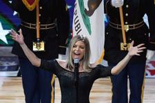 Fergie, NBA All-Star'da ABD marşını söylerken rezil oldu