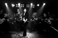 Ebru Gündeş'ten Reza Zarrab'a şarkılı mesaj