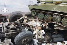 Dünyayı şoka uğratan fotoğraf! Rus tankı, yardım TIR'ını...