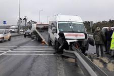 Engelli öğrencileri taşıyan servis kaza yaptı:10 yaralı