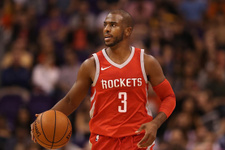 Rockets'in yıldızı dikkatsiz davranınca hakem affetmedi